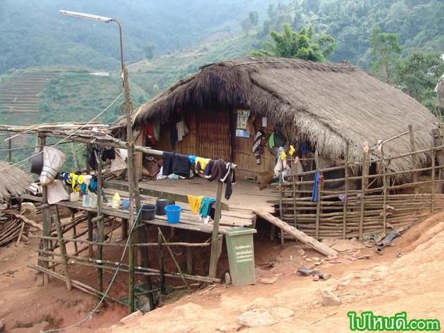 ขอลุยเข้าหมู่บ้านชาวเขาเลย ดีกว่า...