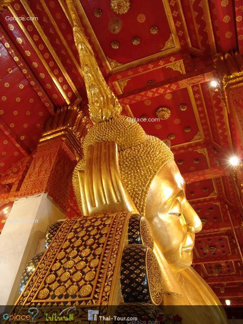 พระพุทธไสยาสน์ที่งดงามมากองค์หนึ่งของ ประเทศไทย