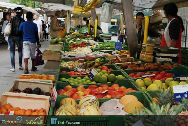 ผลไม้และอาหารสด
