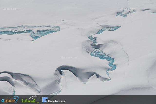 ธารน้ำแข็ง ในหุบเหวเบื้องล่าง
