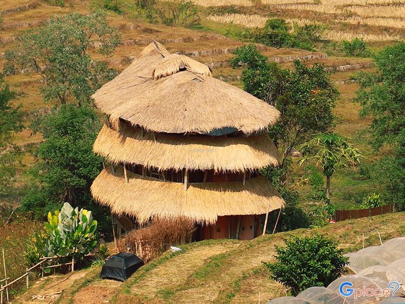 บ้านไม้ไผ่ยักษ์