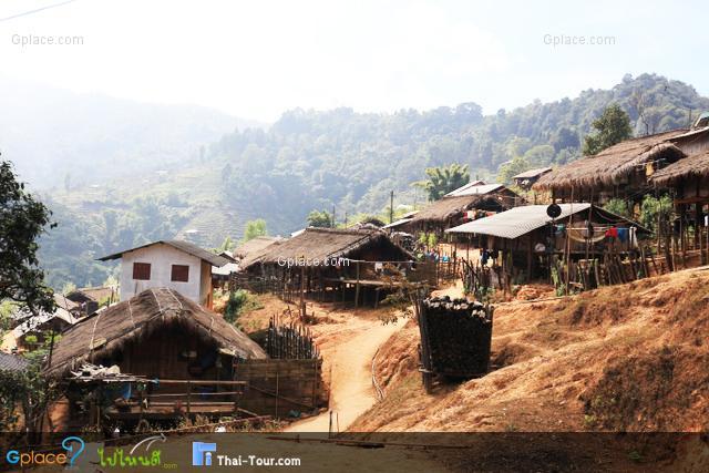หมู่บ้านขอบด้ง