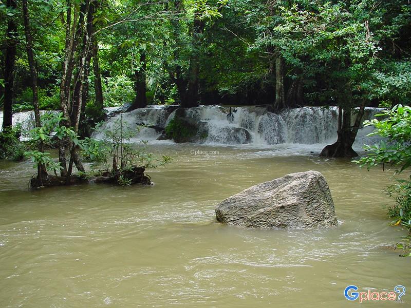 Kroeng Kra Via Waterfall