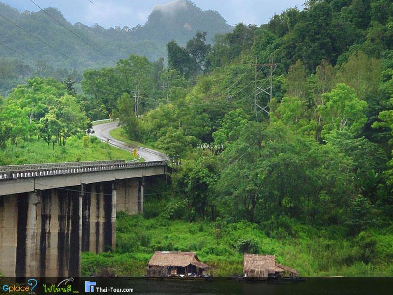 เส้นทางหลวง ผ่านป่าสังขละบุรี
