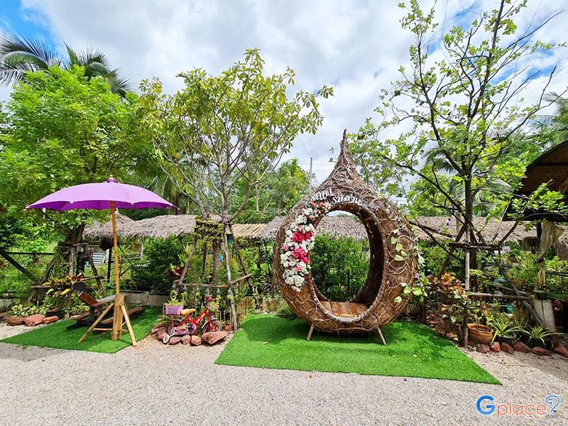 คาเฟ่ริมสวน ณ ท่าคา