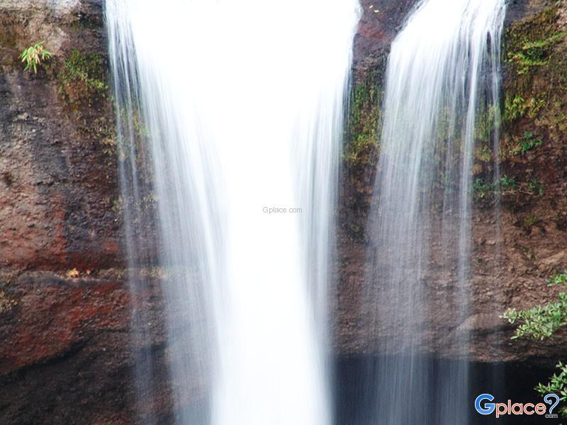 晓苏湾瀑布