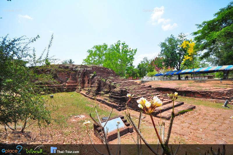 เมืองโบราณบ้านคูบัว