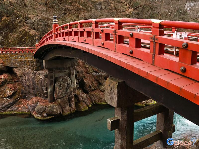 สะพานชินเคียว Shinkyo Sacred Bridge