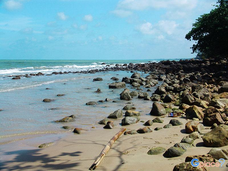 Hin Ngarm Beach