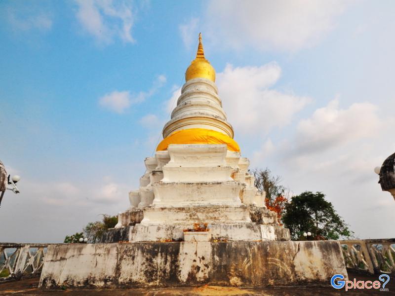 Khao ploy ween塔