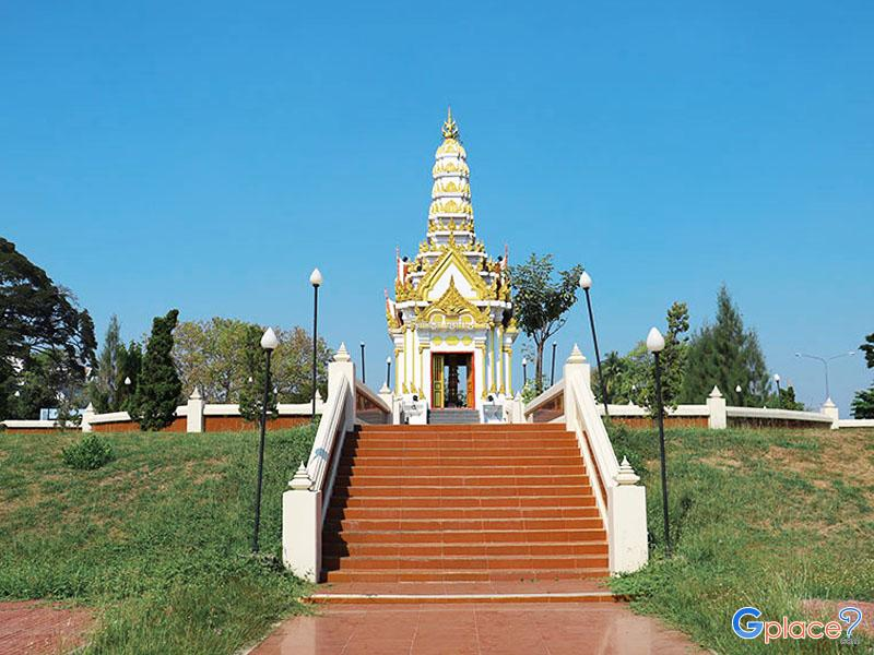 Phitsanulok City Pillar Shrine