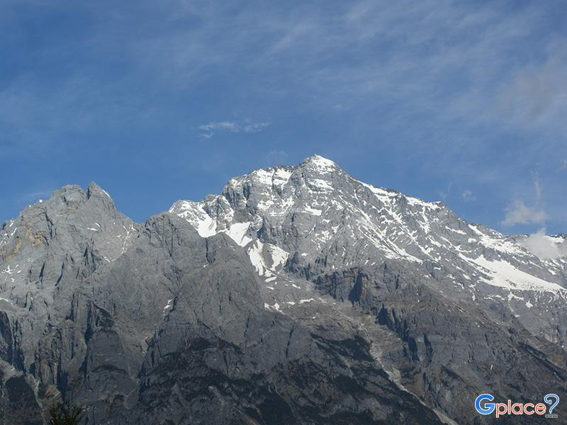 ภูเขาหิมะมังกรหยก