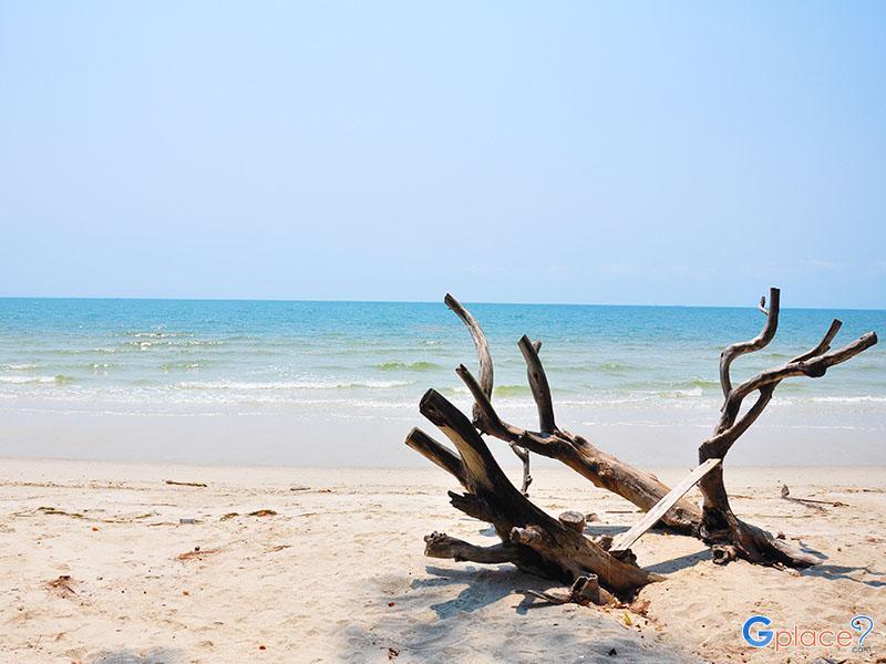 หาดราชการุณย์