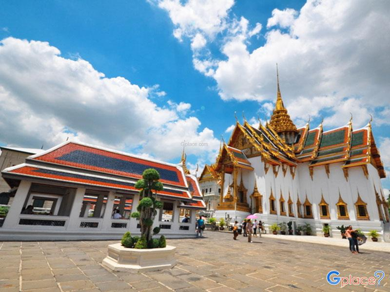 Dusit Maha Prasat Throne Hall