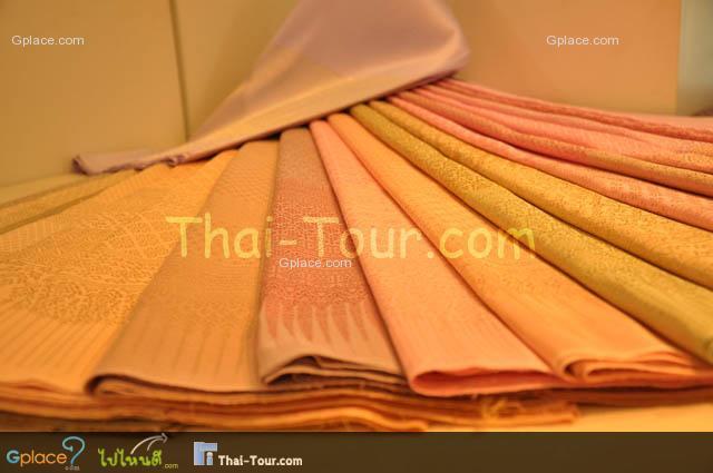 ลำพูนผ้าไหมไทย