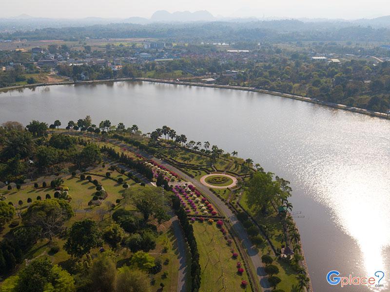 Queen Srinakarin Garden Chiang Rai