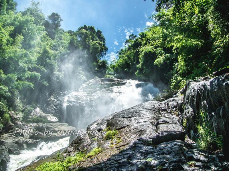 Heo Lom Waterfall