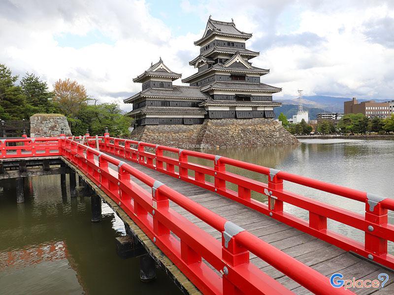 10 สุดยอดปราสาทน่าเที่ยว ญี่ปุ่น
