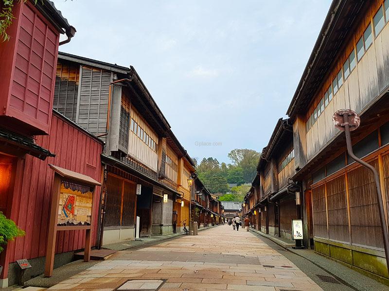 ฮิกาชิชะยา Higashi Chaya District