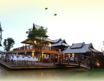 ร้านอาหาร สะพานปาย