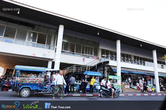 ตลาดอินโดจีน นครพนม