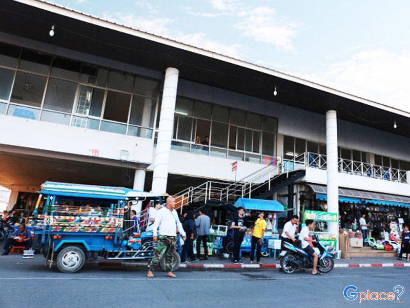 ตลาดอินโดจีนนครพนม