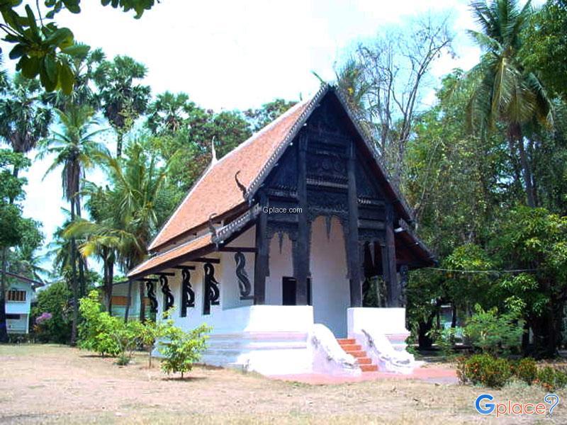 Wat Chaeng Ubon Ratchathani