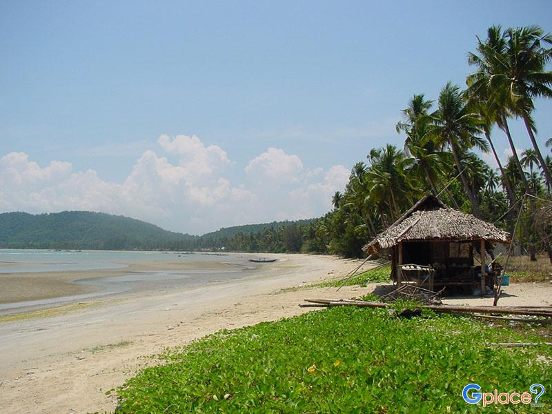 Ao Thung Makham