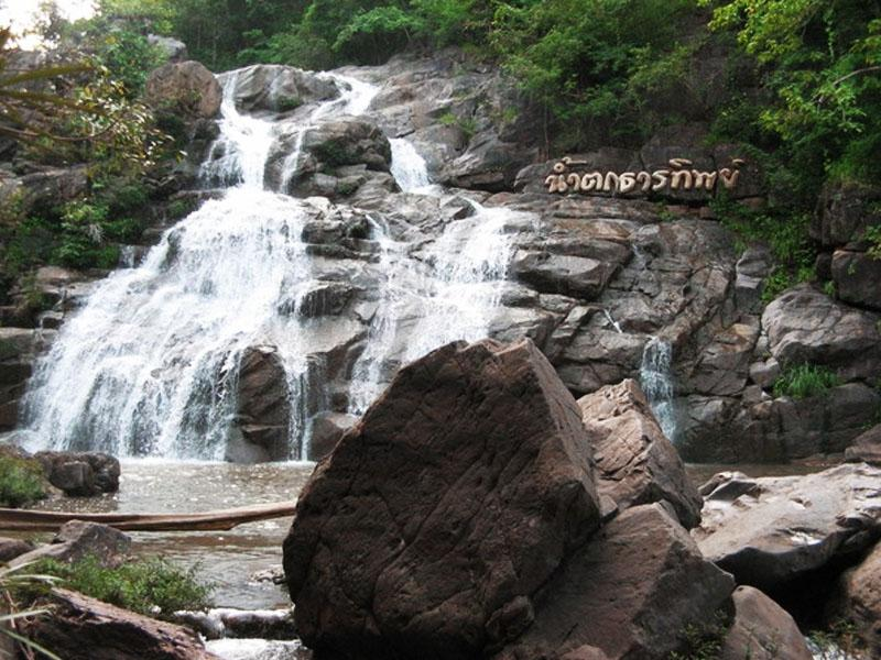 Thanthip Waterfall  Khao Kho National Park
