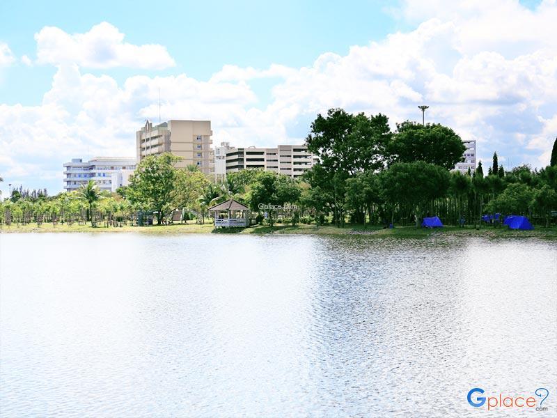 Nong Prachaksinlapakhom公园
