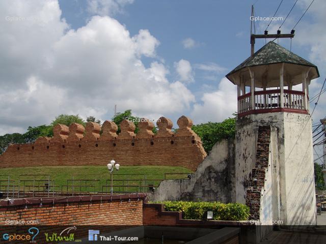 กำแพงเมืองนครศรีธรรมราช