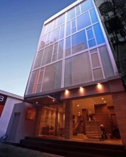 โรงแรมออนเอท สุขุมวิท