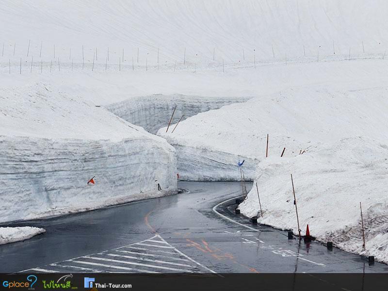 กำแพงหิมะ ยุคิ โนะ โอะตะนิ