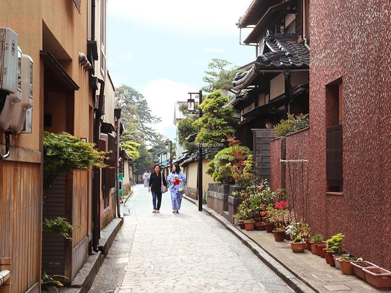 บ้านซามูไรนางามาจิ Nagamachi Samurai District