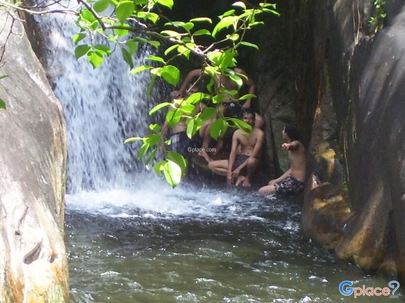 Huai Yang Waterfall National Park