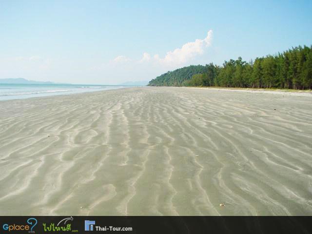 หาดแหลมสน