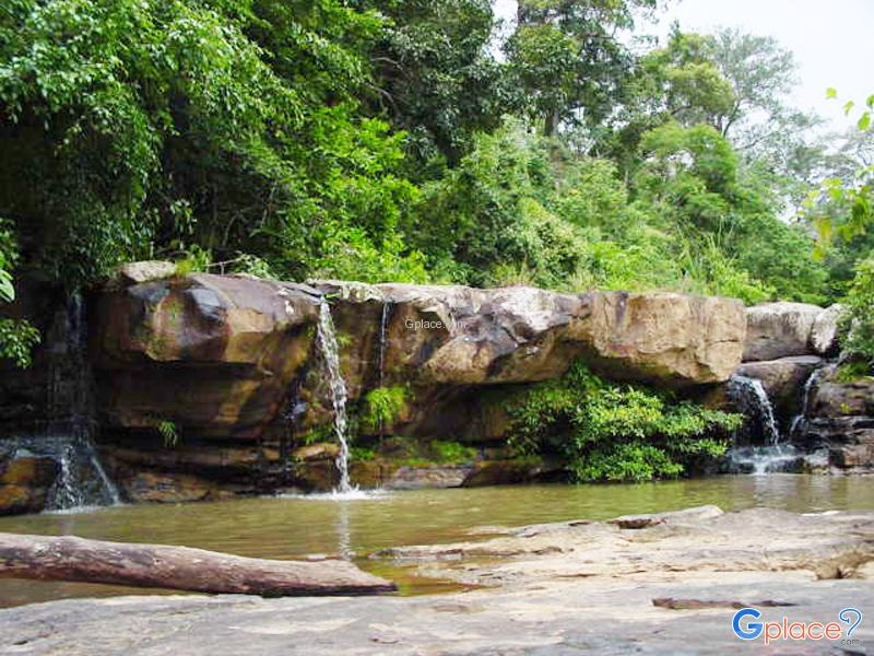Thep Phana Waterfall
