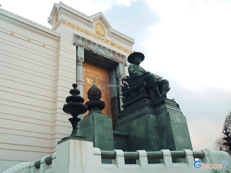 纪念碑国王拉玛一世