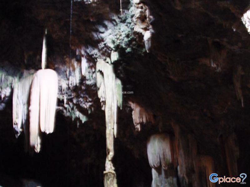 Khao Kriab Cave
