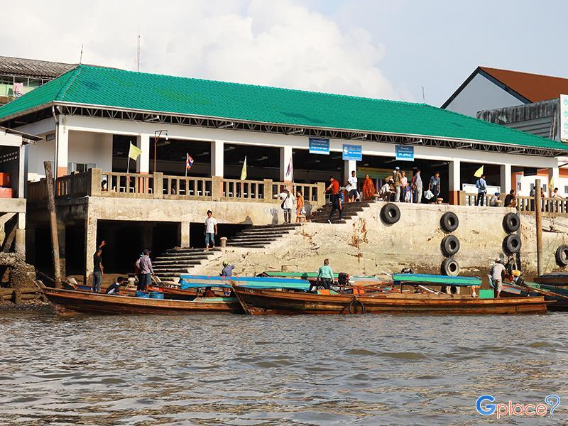 ท่าเทียบเรือไปเกาะสองพม่า