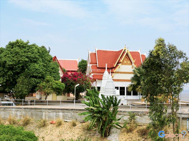 Wat Si Mongkol Nua