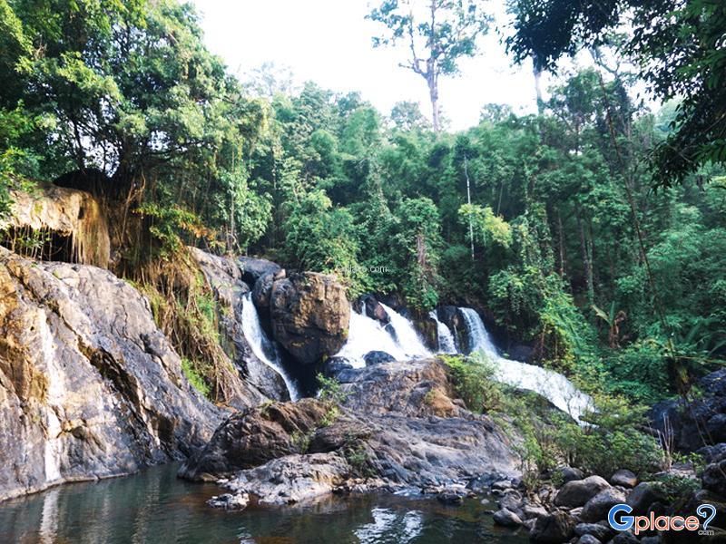 Waterfall Pha Mat