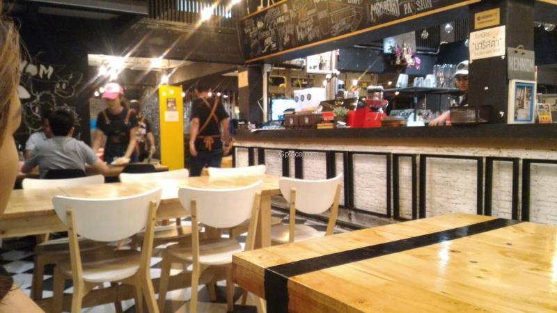 Nennom Cafe