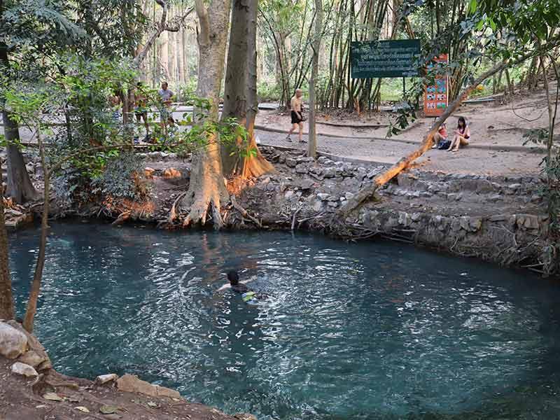 สวนน้ำธรรมชาติกลางป่า เล่นน้ำได้