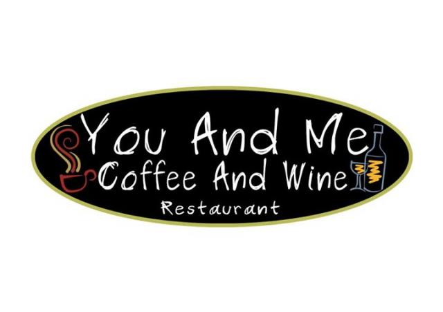 ร้านYou and Me Coffee and Wine