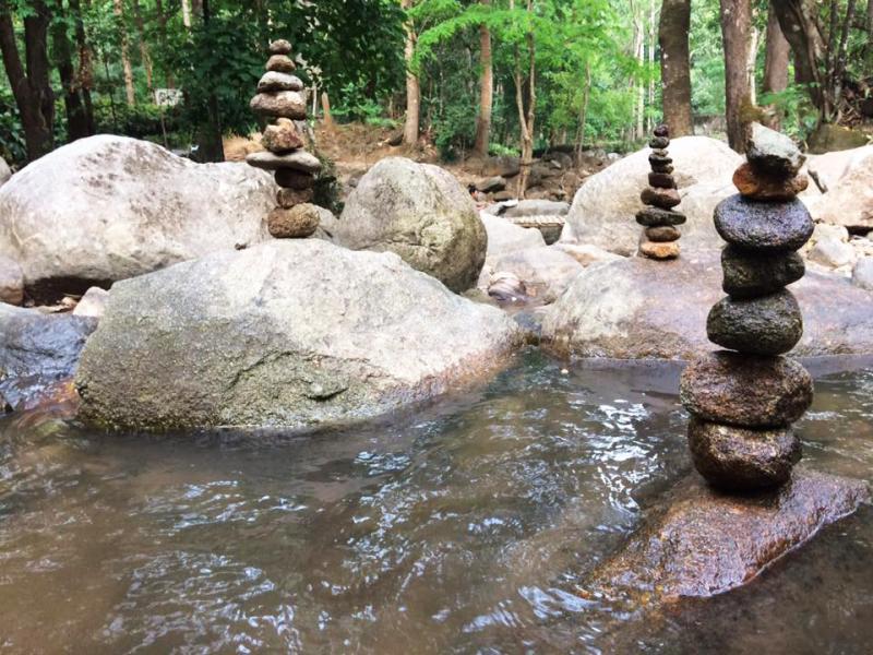 Pong Phra Bat