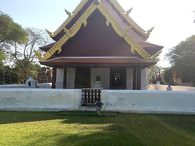 วัดโบสถ์ ชลบุรี