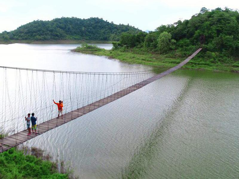 สะพานแขวน แก่งกระจาน