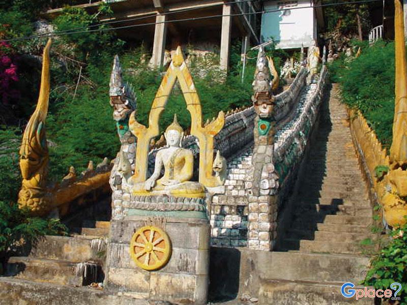 堪喀拉岱山寺