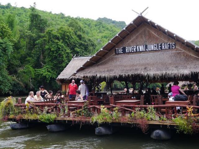 桂河丛林筏